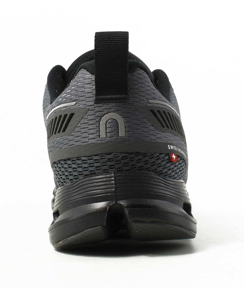 On Cloud Mens Cloudflyer Running Shoes