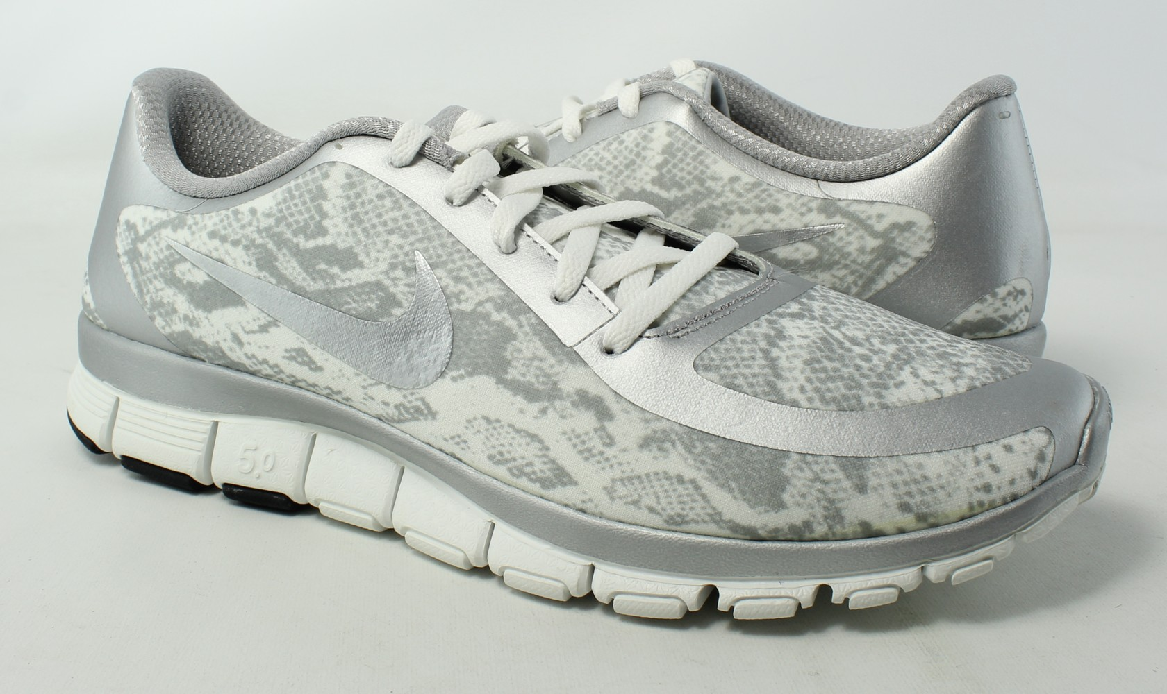 ef15577aac5ce Nike Womens Free 5.0 V4 Ns Pt Gray Running Shoes Size 12 ...
