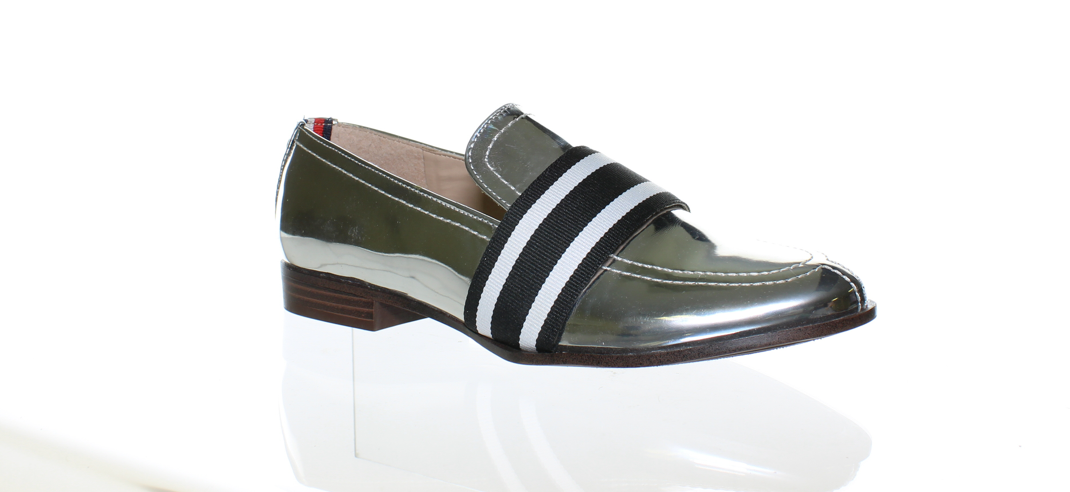 c85fd3555 Tommy Hilfiger Womens Ignaz Silver Multi Loafers Size 6 (108878 ...