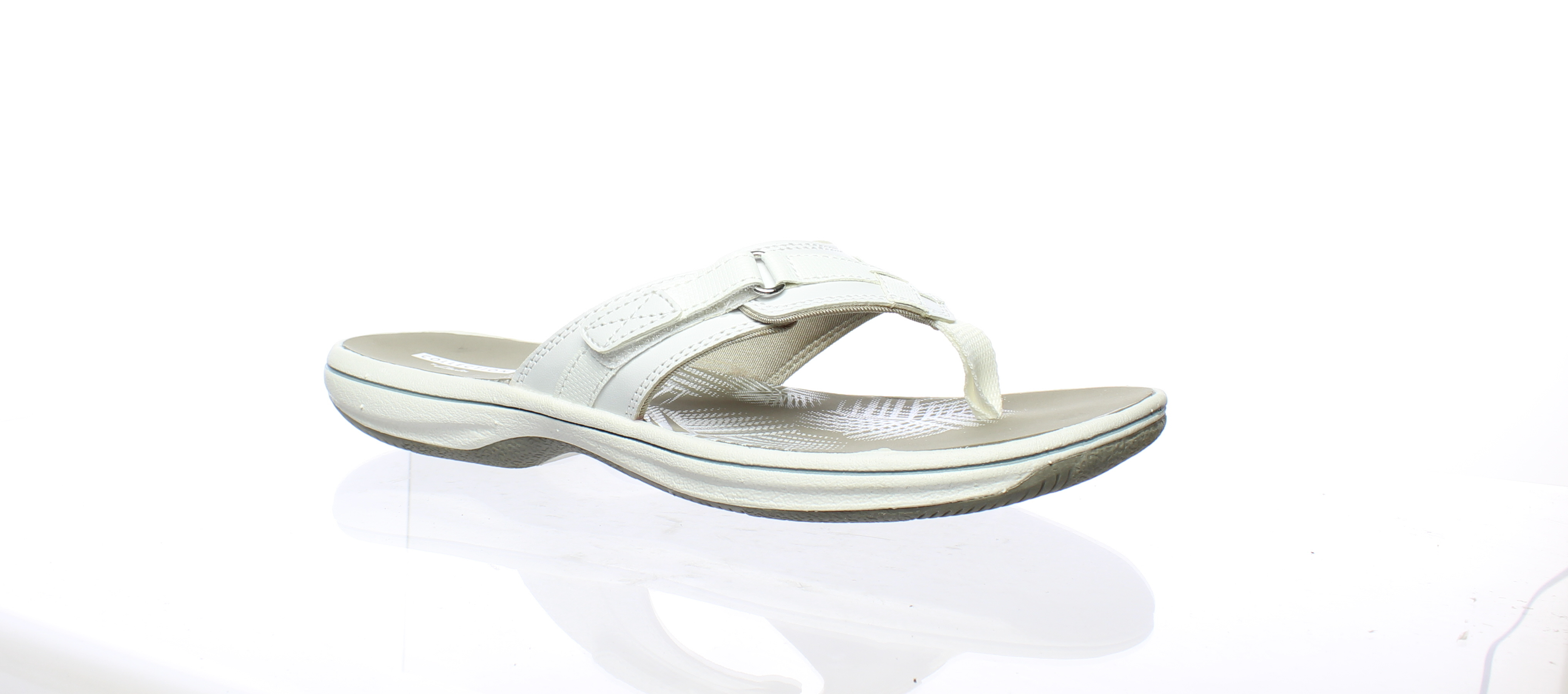 b334a99e07a Clarks Womens Breeze Sea New White Synthetic Flip Flops Size 8 ...
